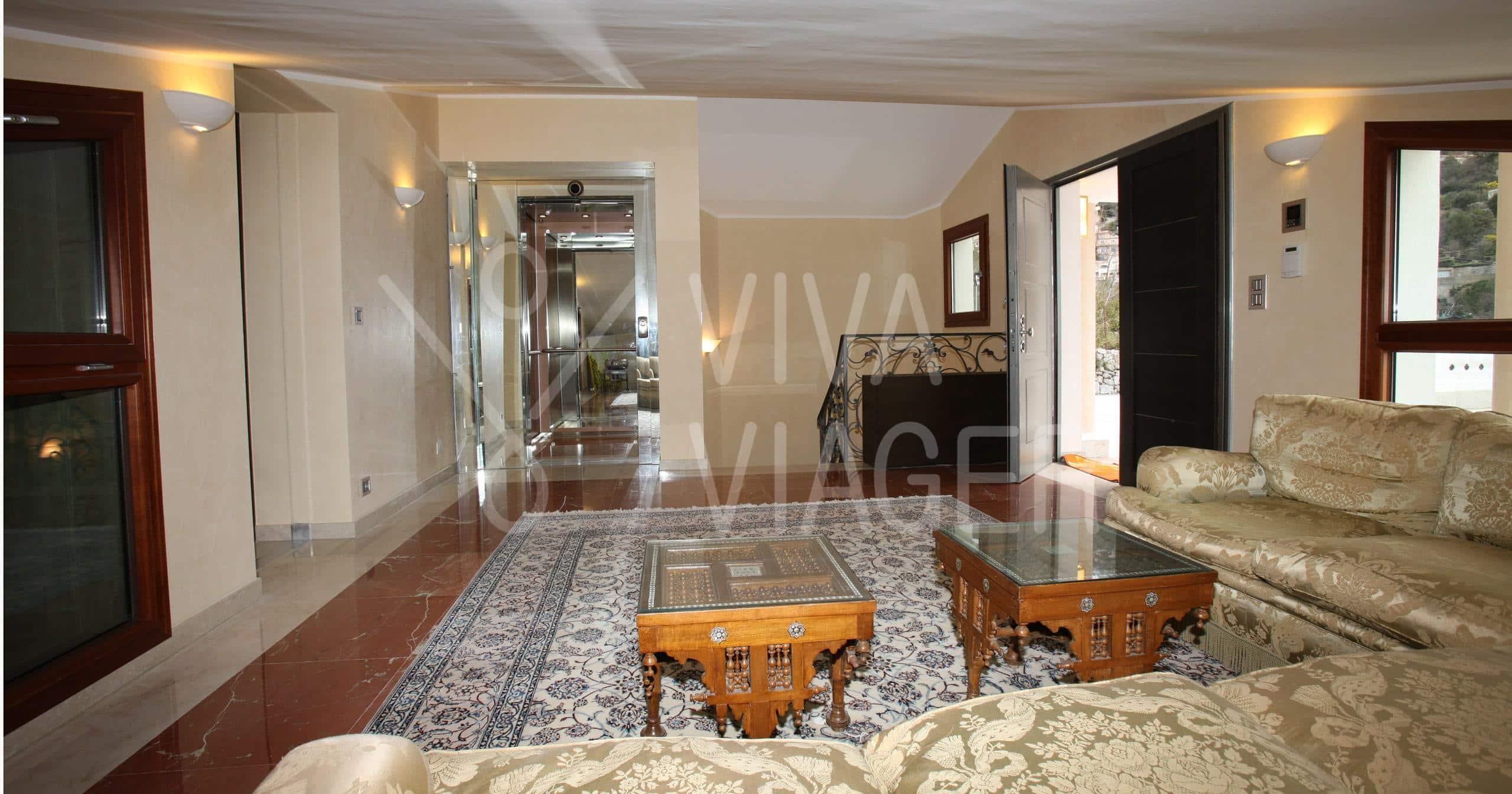 Villa de Luxe - 400 m² - Vente à terme - La Turbie